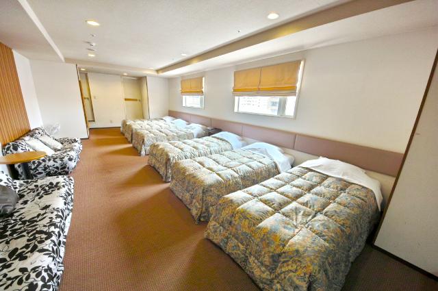 hotelyamanouchi_room_famia2